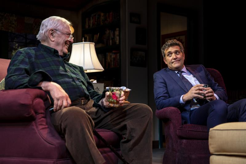 BWW REVIEW: Len Cariou and Craig Bierko as Bantering Father and Son in George Eastman's HARRY TOWNSEND'S LAST STAND