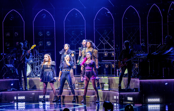 Photo Flash: Get A First Look At The Twin Cities Run Of Broadway-Bound SIX