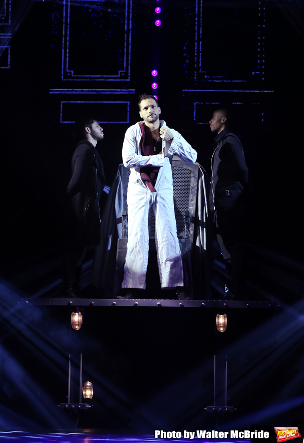Photo Coverage: THE ILLUSIONISTS - MAGIC OF THE HOLIDAYS Press Preview