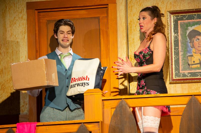 BWW Review: NOISES OFF at Theatre Three
