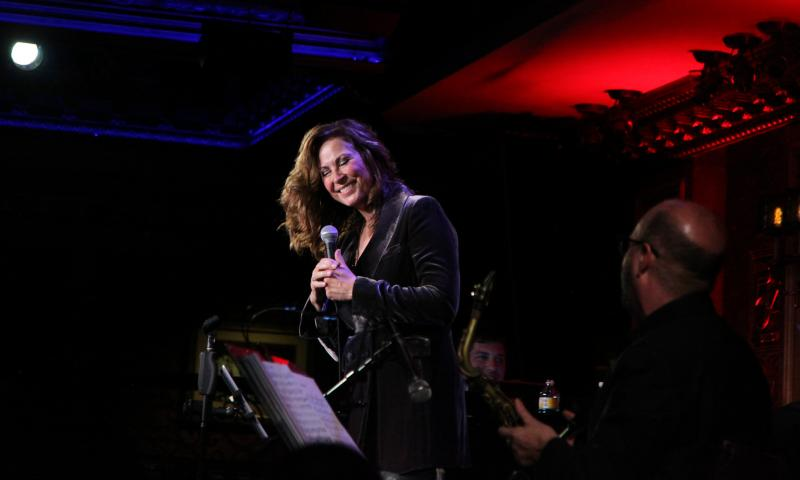 BWW Review: LINDA EDER Is Miraculous at 54 Below