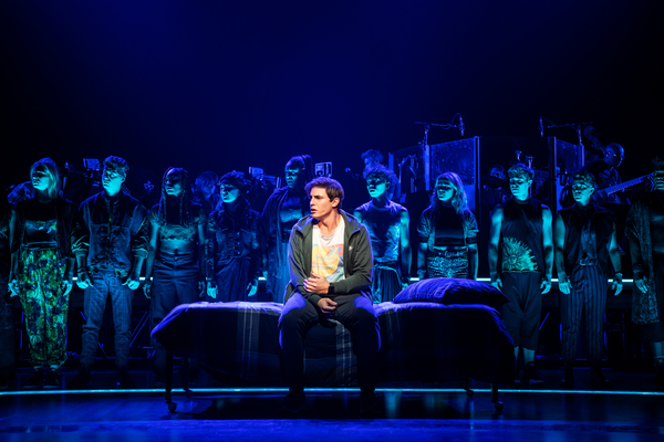 Photo Flash: Fall Head Over Feet for JAGGED LITTLE PILL on Broadway!