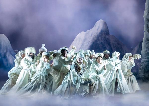 Company of the Frozen North American Tour - photo by Deen van Meer Photo
