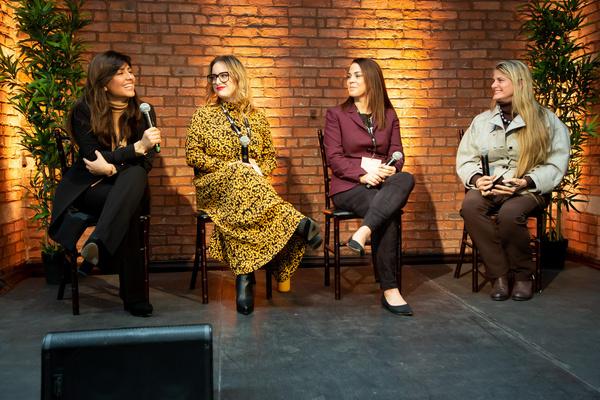 Lina Caceres (Latin World Entertainment), Amanda Fraga (Live Nation), Michelle Fine-S Photo