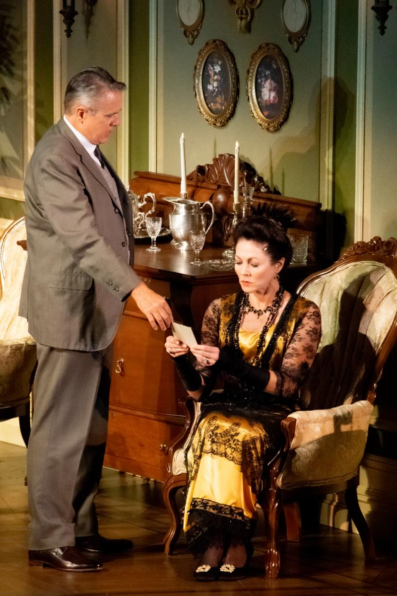 BWW Review: AN INSPECTOR CALLS at Florida Repertory Theatre is Meaningful and Mysterious!