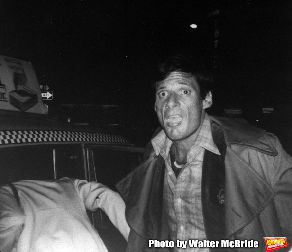 Ron Leibman hailing a Taxi on December 3, 1979 in New York City. Photo