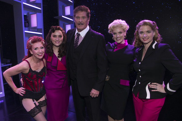 Bonnie Langford (Roz Keith), Chelsea Halfpenny (Judy Bernly), David Hasselhoff (Frank Photo