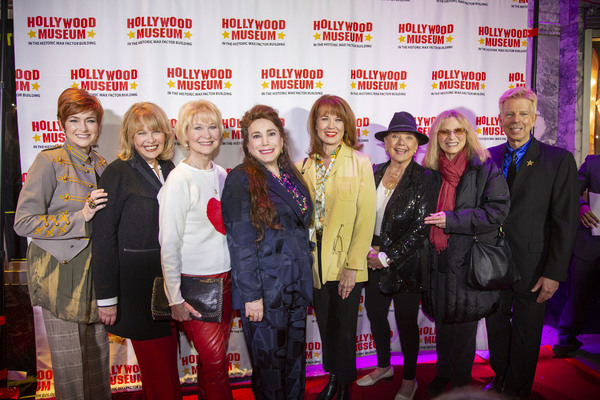 Carolyn Hennesy, Ilene Graff, Dee Wallace, Donelle Dadigan, Lee Purcell, Dawn Wells,  Photo