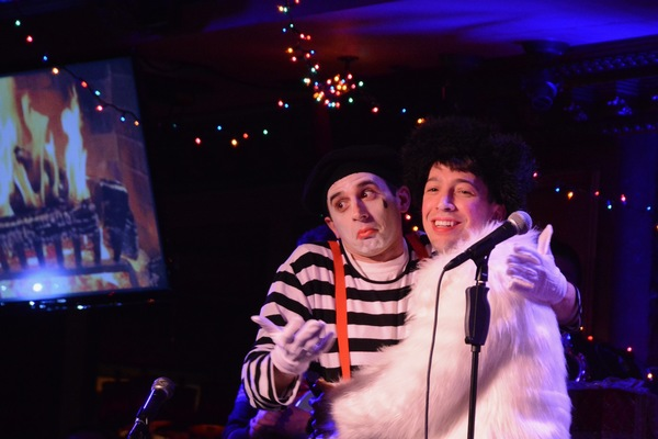 Photo Coverage: Inside the 12th Annual Joe Iconis Christmas Extravaganza at Feinstein's/54 Below