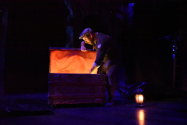 Photo Flash: First Look at Porchlight Music Theatre's BURNING BLUEBEARD