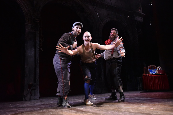 Jay Torrence as Robert Murray; Ryan Walters as Eddie Foy and Anthony Courser as Henry Gilfoil