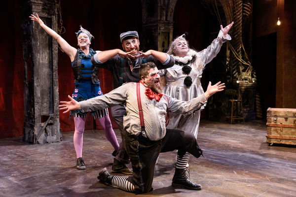 Anthony Courser as Henry Gilfoil, Leah Urzendowski as Nellie Reed; Jay Torrence as Robert Murray and Pamela Chermansky as Fancy Clown