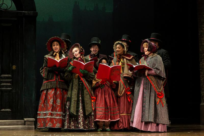 BWW Review: A CHRISTMAS CAROL at McCarter Theater- A Treasured Show for the Holiday Season
