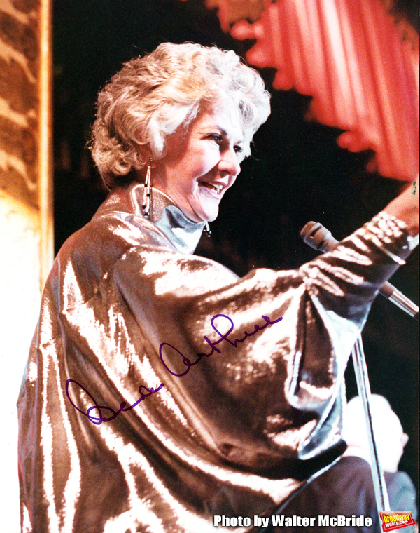 Bea Arthur Attending an Actor's Studio Awards Ceremony at the Waldorf Astoria Hotel i Photo