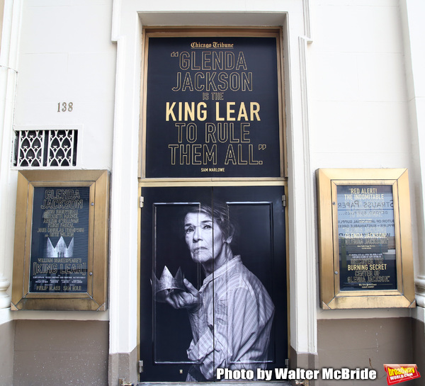 "Theatre Marquee unveiling for ""King Lear starring Glenda Jackson"" at the Cort Theatre Photo"
