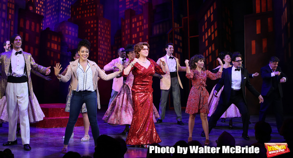 John Behlmann, Lilli Cooper, Santino Fontana, Sarah Stiles, Reg Rogers and cast durin Photo