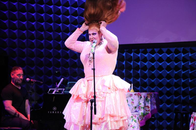BWW Review: Are You Bored? Well So Is Varla Jean As She Brings Her VARLA JEAN MERMAN: A STAR IS BORED To Joe's Pub
