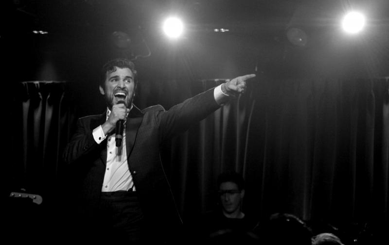 BWW Review: AN EVENING WITH JUAN PABLO DI PACE Melds Old Hollywood Glamor with Rock Star Electricity At The Green Room 42
