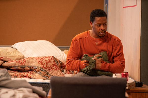 Photo Flash: Inside Rehearsal For Steppenwolf Theatre Company's BUG by Tracy Letts