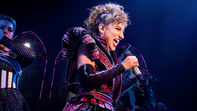 BWW REVIEW: Storming The Stage To Set The Record Straight, The Brilliantly Badass Queens Of SIX Rock The Sydney Opera House.