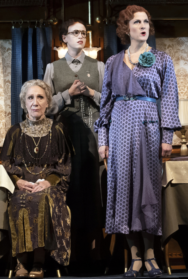Photo Flash: First Look at MURDER ON THE ORIENT EXPRESS at Asolo Rep