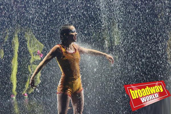 Photo Flash: First Look at CIRQUE DU SOLEIL LUZIA at the Royal Albert Hall
