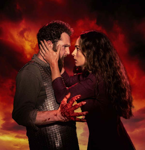 Photo Flash: First Look At Queen's Theatre Hornchurch And Derby Theatre Production Of MACBETH