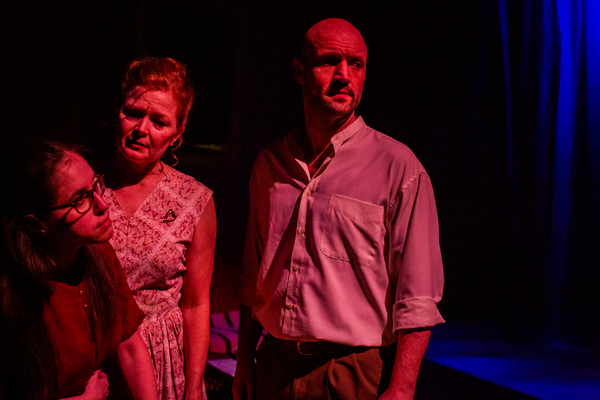 Photo Flash: First Look at The Phoenix Theatre's THE GLASS MENAGERIE