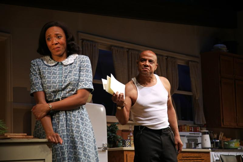 BWW Review: Stirring Drama FIREFLIES Explodes at OC's South Coast Repertory