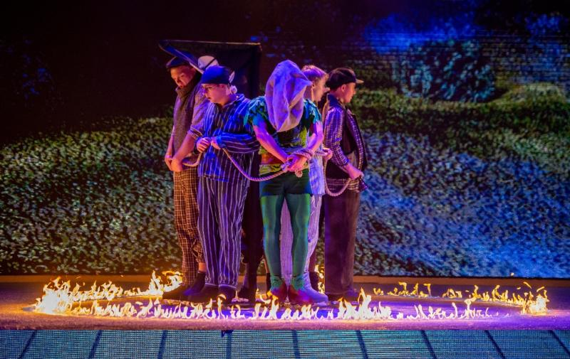 BWW Review: Imperial Ice Stars Inspire Childlike Wonder in PETER PAN ON ICE