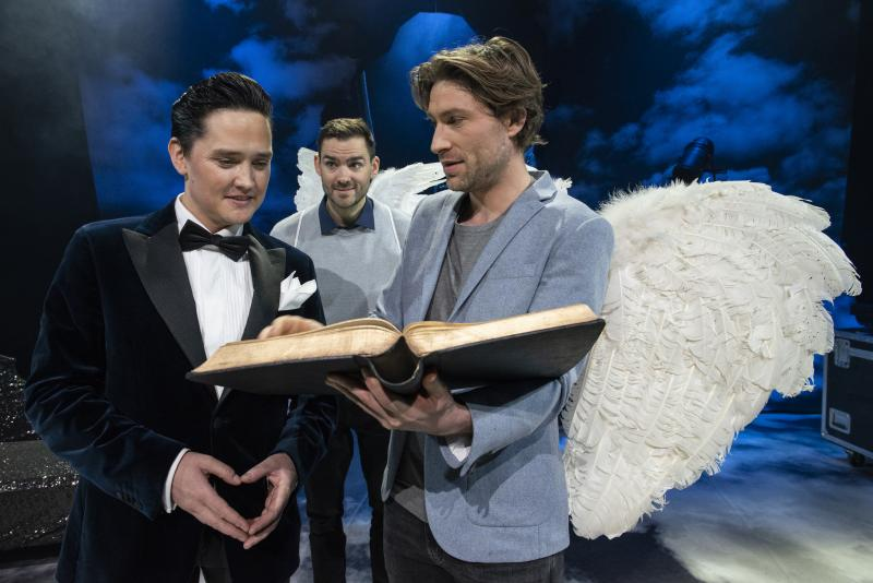 BWW Review: AN ACT OF GOD at Chat Noir - Somewhere Between Heaven and Earth