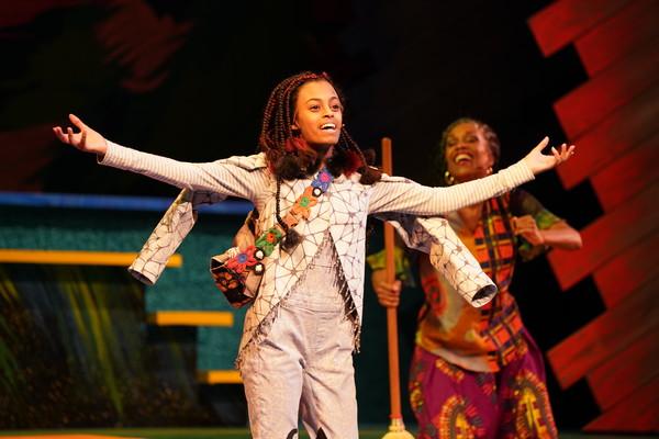 Photo Flash: Children's Theatre Company Presentsthe Minnesota Premiere ofBob Marley's THREE LITTLE BIRDS