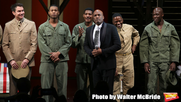 Kenny Leon with cast  Photo