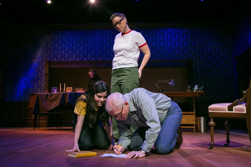 BWW Review: FUN HOME is Viscerally Compelling at Actor's Express