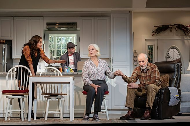 BWW Review: Jane Alexander, James Cromwell On The Rocky Road To Divorce in Bess Wohl's Very Funny GRAND HORIZONS