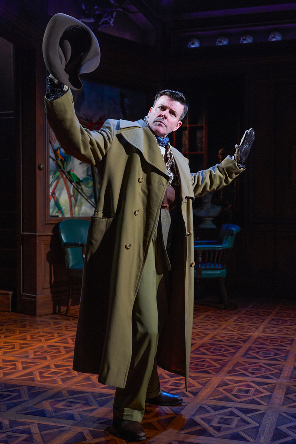 Photo Flash: First Look at the UK Tour of THE CAT AND THE CANARY