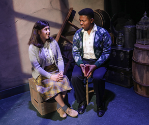BWW Review: THE DIARY OF ANNE FRANK at Des Moines Playhouse: Letting the Legacy of a Girl's Diary Live on.