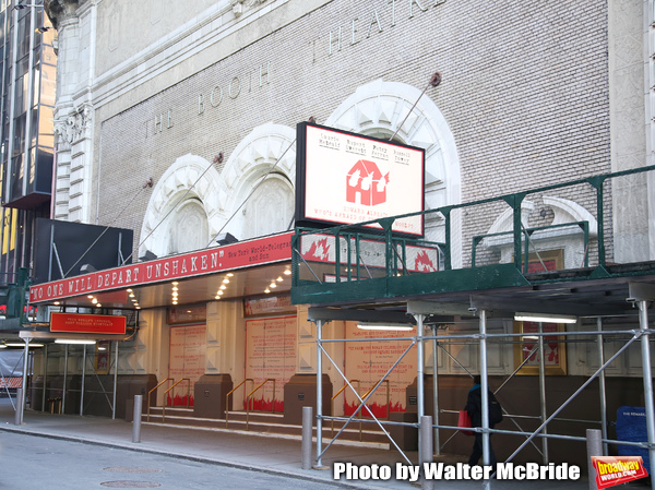 """Theatre Marquee unveiling  for  """"Who's Afraid of Virginia Woolf?"""" Starring Laurie Met Photo"""