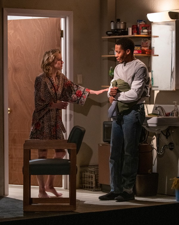 Photo Flash: First Look at Tracy Letts' BUG at Steppenwolf