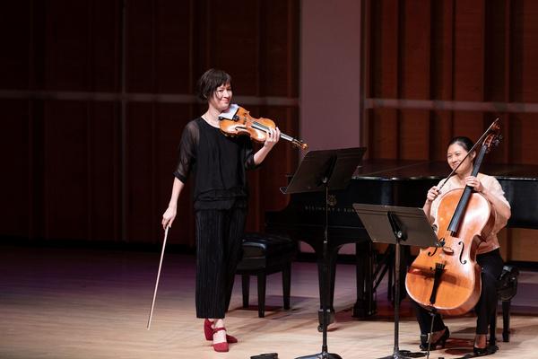 Miranda Cuckson and Sophie Shao after Xenakis'' Dhipli Zhiya Photo