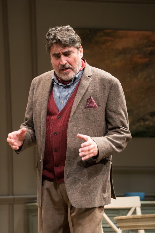 Photos: First Look at THE FATHER at Pasadena Playhouse