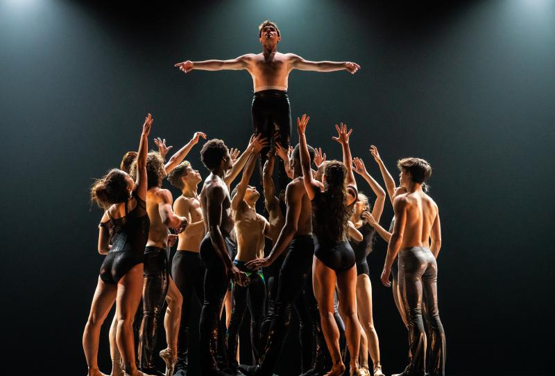 BWW Review: COMPLEXIONS, THE ROCKSTARS OF BALLET, TACKLE LENNY KRAVITZ at Joyce Theater