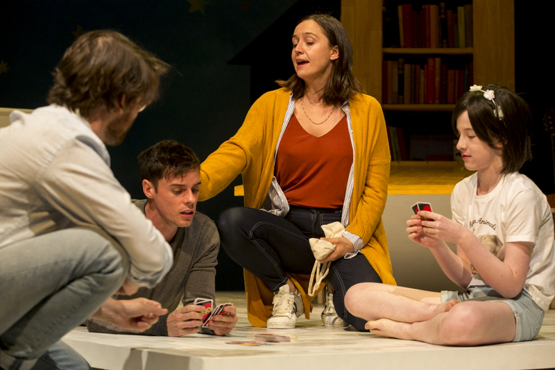 BWW REVIEW: The Complexities Of Love, Grief Dealing With Loved Ones In Pain Are Expressed In JESUS WANTS ME FOR A SUN BEAM.