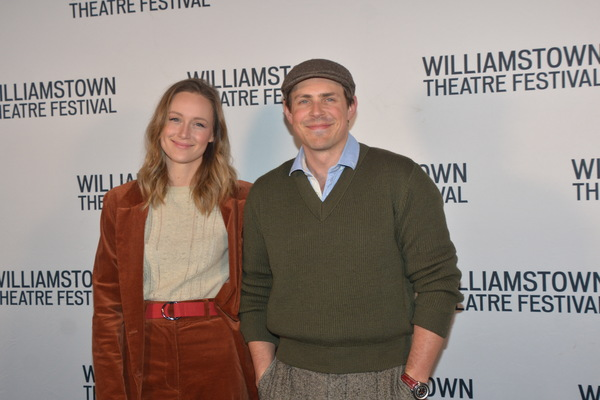 Kerry Bishe and Chris Lowell