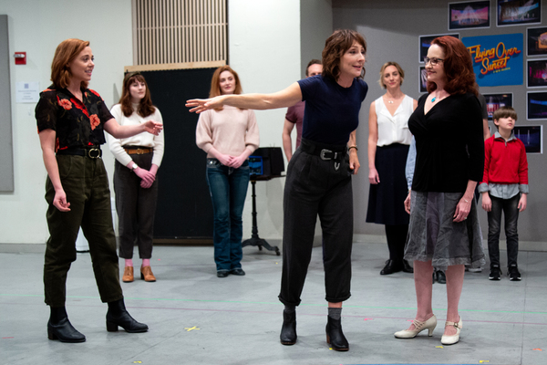 Erika Henningsen, Carmen Cusack, Michele Ragusa, and the cast of FLYING OVER SUNSET Photo