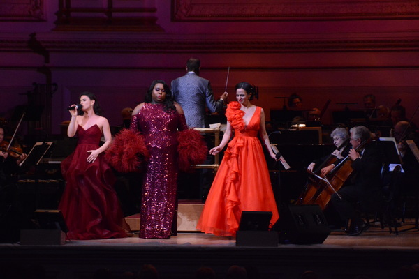 Carrie Manolakos, Alex Newell, Steven Reineke and Mandy Gonzalez Photo