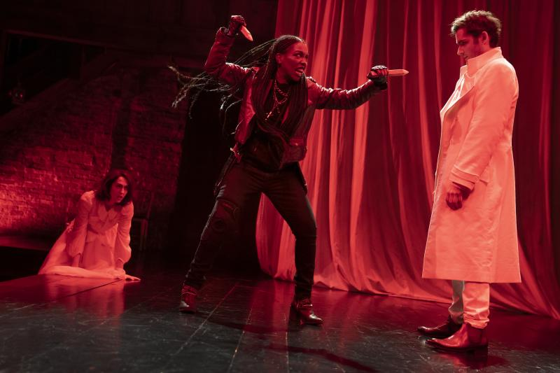 BWW Review: Kate Hamill's Clever Take On DRACULA Bites Back At Toxic Masculinity