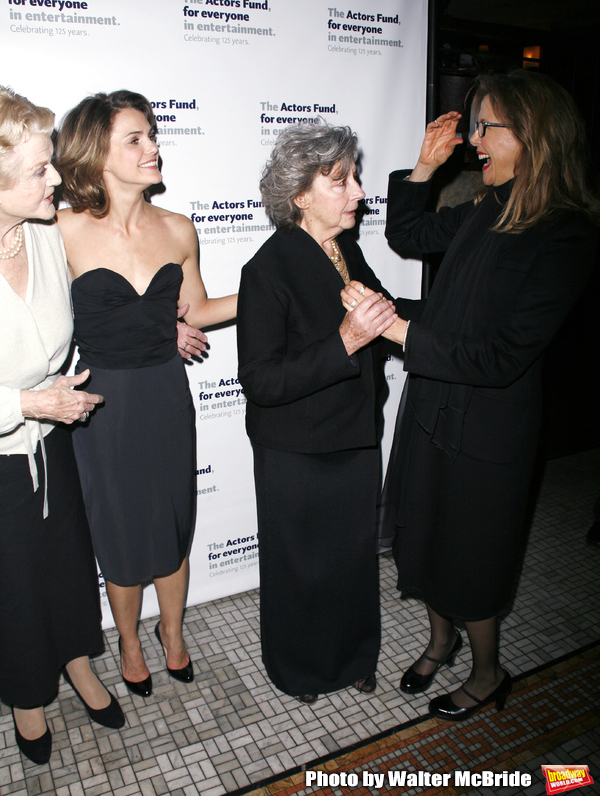 Angela Lansbury, Keri Russell, Zoe Caldwell, Annette Bening attending the After Party Photo