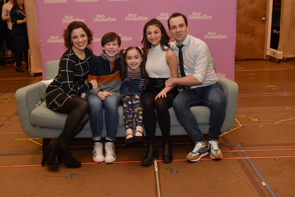 Photo Coverage: The Cast of MRS. DOUBTFIRE Meets the Press