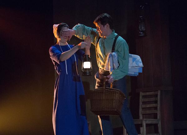 Photo Flash: EVERYTHING IS WONDERFUL Opens Tonight at Philadelphia Theatre Company